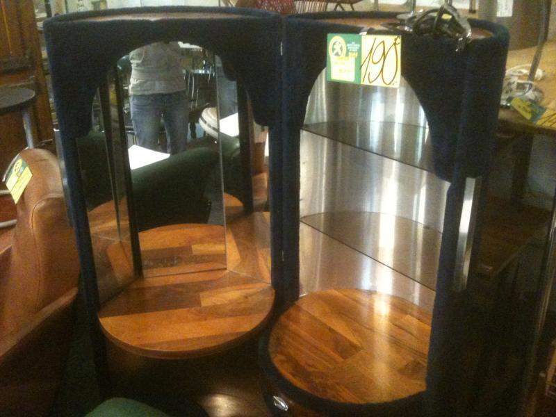 d p t vente titi international metz meuble coiffeuse 1970 bleu cylindre tabouret occasion. Black Bedroom Furniture Sets. Home Design Ideas